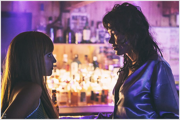 EXCLUSIVITY | First still of #BAREFILM with Dianna Agron and Paz de la Huerta ! ( mdr, sérieux? C'est ça son nom d'actrice?)