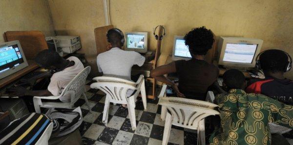 """Histoire d'arnaque: Drague, chantages : arnaques """"à la Nigériane"""" sur le web"""