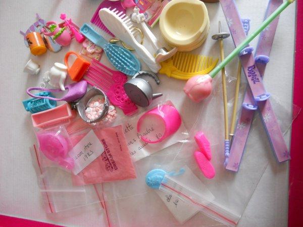 Dimanche lot divers accessoires