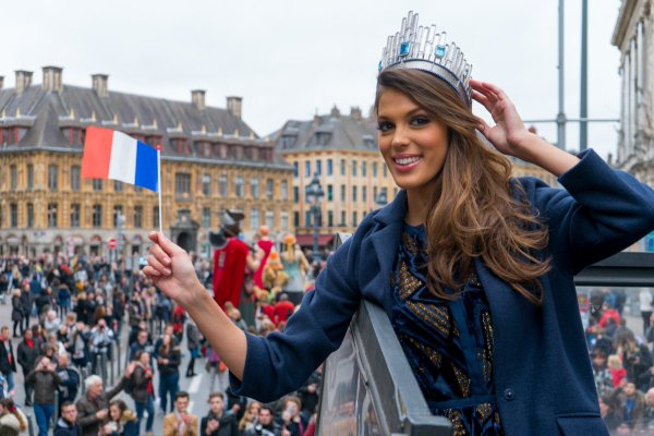 Retour aux sources (Miss Univers 2016 - France)