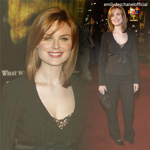 Sorties d'Emily en 2001 et 2003