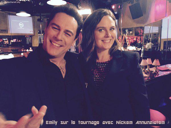 Emily sur le tournage avec Nickem Annunziatem