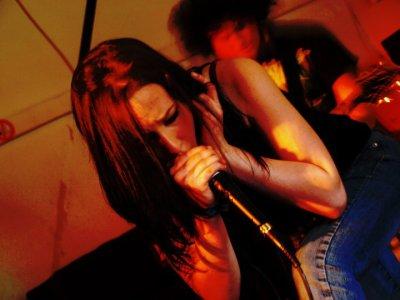 Aurore,une chanteuse sans limite !