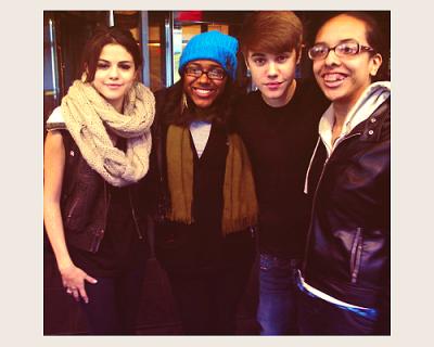 Votez pour Justin.
