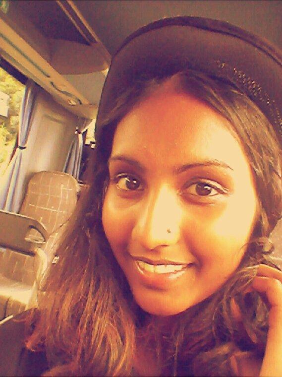 Mardi gras :) so sexy ;) avec mon sac Lancôme et mes talons B-)