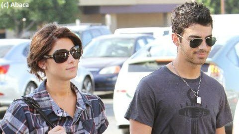 Joe Jonas aurait emménage chez la belle