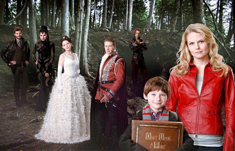 Il était une fois, dans une forêt enchantée vivaient les personnages qu'on connaît ou qu'on croit connaître.                                                            Un jour, ils furent piégés dans un lieu ou rien ne finit bien.... Notre monde...