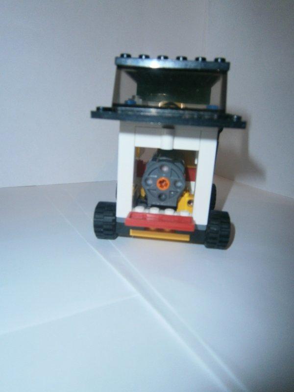 chariot moteur N ° 3 (ma création)