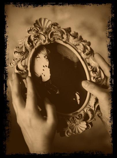 voici dix des superstitions les plus r pandues miroirs aux allouettes. Black Bedroom Furniture Sets. Home Design Ideas