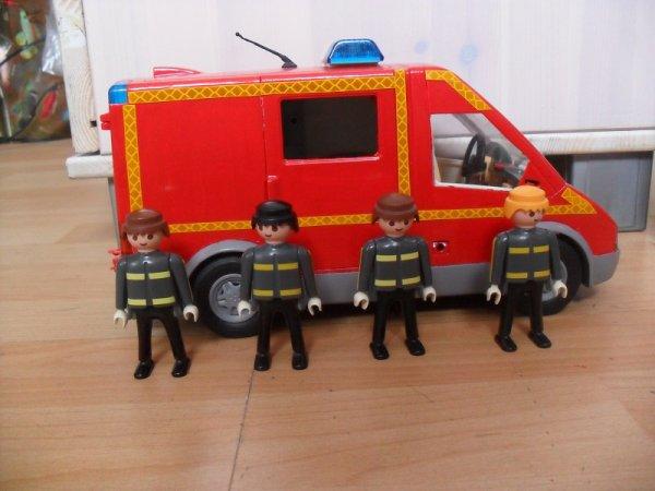 Blog de jsp13700 blog de jsp13700 mes customs playmobil - Playmobil de pompier ...