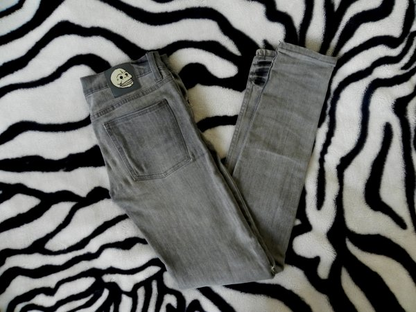 Slim destroy Cheap Monday