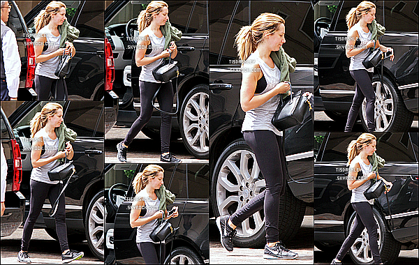 * 07/06/16 : Ashley Tisdale a été aperçue alors qu'elle se rendait dans un spa - qui se trouve dans Beverly Hills. Plus tard, Ashley était avec son mari Christopher et Vanessa Hudgens à la soirée organisée par l'association Could Forest Institute à Santa Monica.  *