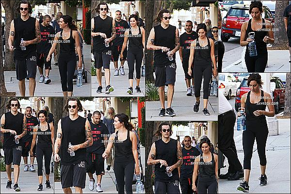 * 20/07/17 : Ashley a été vue quand elle se rendait puis quittant une salle de sport - avec Chris dans Studio City. Ashley est vraiment superbe. Ca fait plaisir de la voir sortir avec son mari. Elle porte une tenue basique que j'aime assez - Je lui mets donc un Top !  *