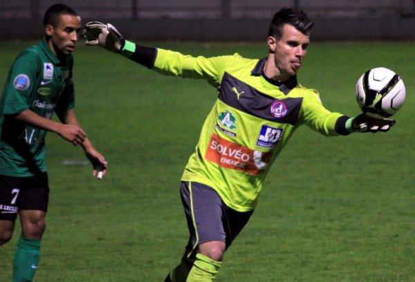 Maillot de Luzenac porté par Quentin Westberg au cours de la saison 2012-2013 de National