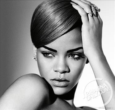 Rihanna 3 ♥