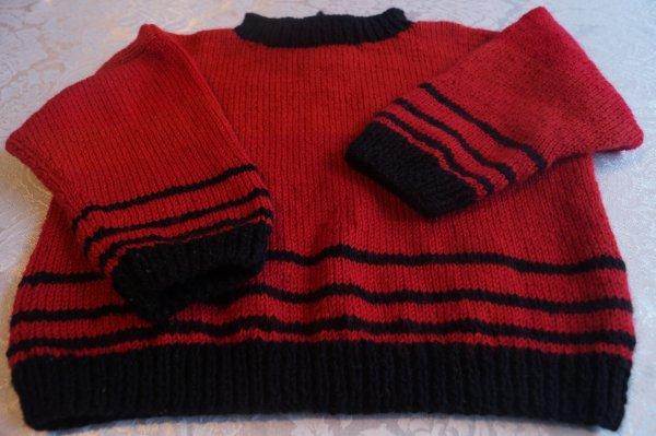 Pull bébé rouge et noir, T. 2ans