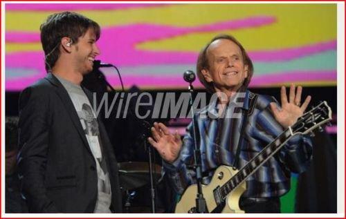 Première photos des répétitions pour les Grammy's en compagnie des Beach Boys.