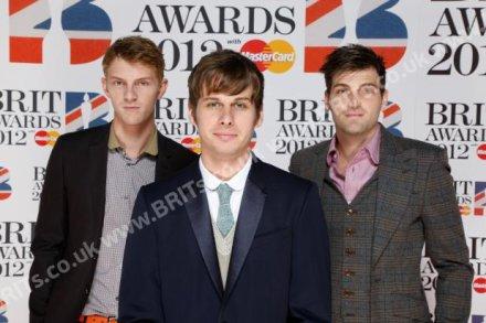 """Notre groupe préféré étaient aux BRITawards hier soir. Ils étaient nominés dans la catégorie """"les artistes ayant percés"""" l'équivalent """"de la révélation international""""."""