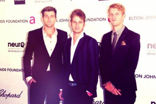 Les Foster The People ont assister à une soirée pré-oscar, organisé parl'association d'Elton John contre le SIDA.