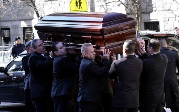 Photos des obsèques de Philip Seymour Hoffman numéro 1