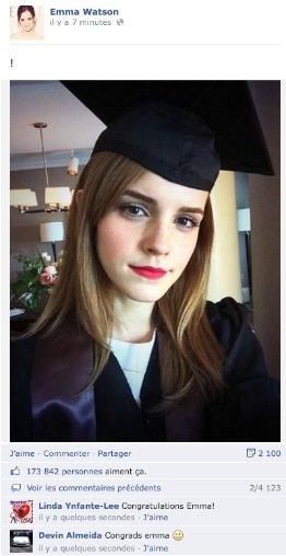 Emma Watson, Bachelière, Elle s'affiche sur Facebook !
