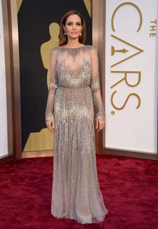 Cléopâtre sera le dernier rôle d'Angelina Jolie à l'écran, L'actrice prendra sa retraite pour se consacrer à la réalisation et à son travail pour L'ONU