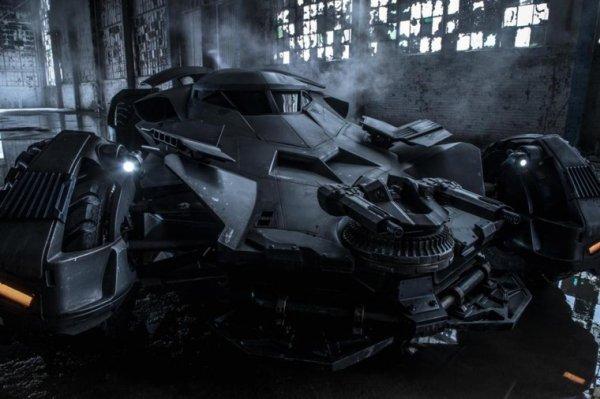 La première Batmobile de Zack Snyder dévoilée