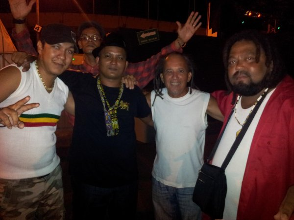Roots Band & Ti - Fock .