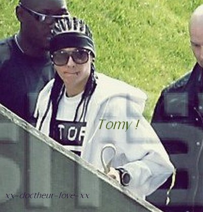 Tomy !