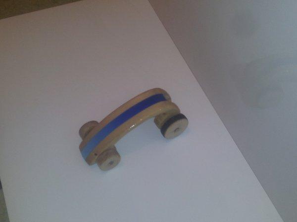 voiture a propulsion élastique pour noël fait maison  pour théo