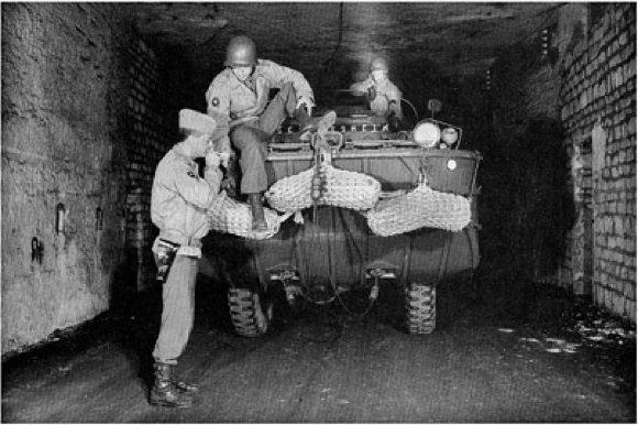 Une carrière souterraine converti en base souterraine OTAN désaffecté