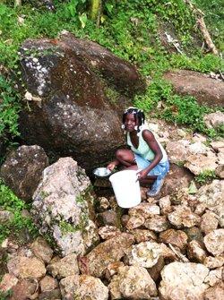 Sud-est – Assainissement : Ravine Normande privée d'eau potable depuis 4 ans