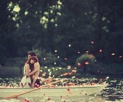 J'aimerais qu'un jour tu me dises que je suis celle que tu as attendue toute ta vie..♥