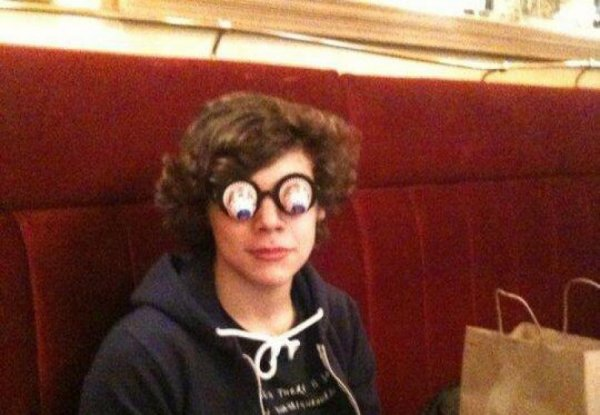 Harry Styles : Twitter, une photo hilarante !
