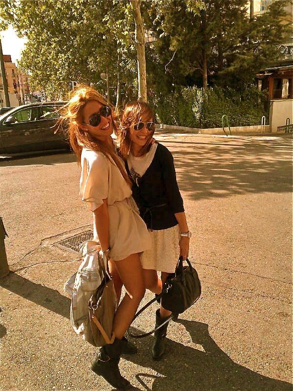 Anna Ortiz et une amie