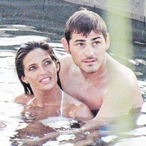 Iker et Sara profite de leurs derniére vacances en amoureux avant la naissance de leurs bou de chou le 07 / 07