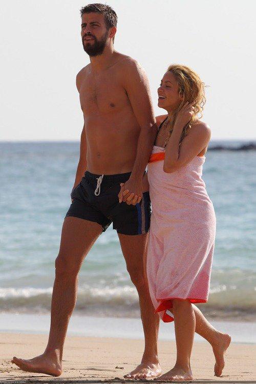 Shakira et Gerard Piqué a Hawai le 23 - 07