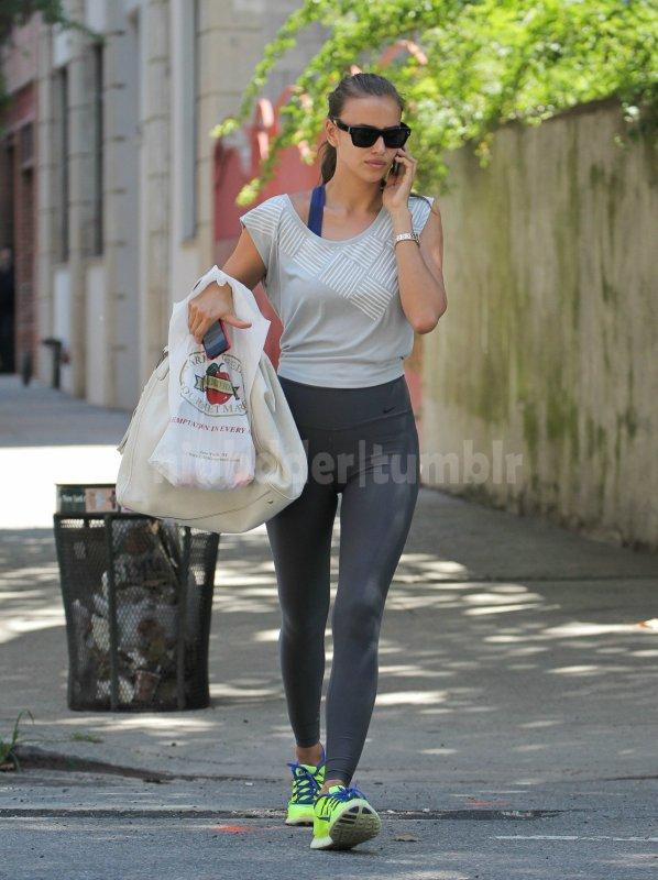 Irina Shayk apres une seance de Gym a West village a New York le 31 - 07