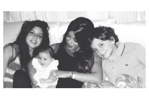 Daniella Semaan et ses enfants, Maria,Lia et Joseph