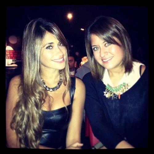 antonella Roccuzzo avec une amie en argentine le 30 - 08