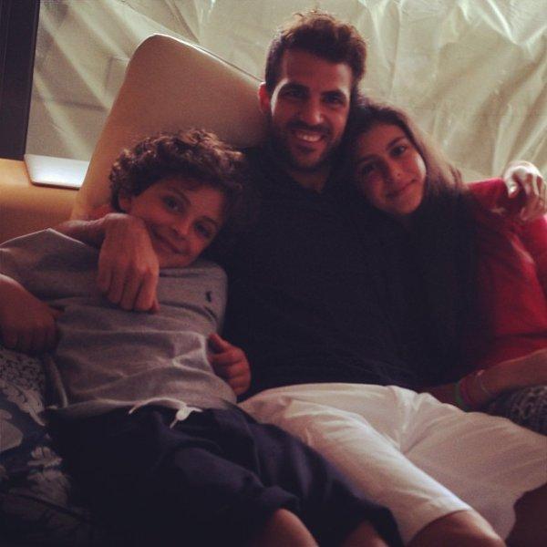 Cesc Fabregas et ses beaux enfants: Maria et Joseph Taktouk le 15 - 09