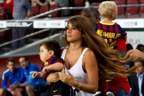 Antonella Roccuzzo et Thiago Messi le 24 - 09