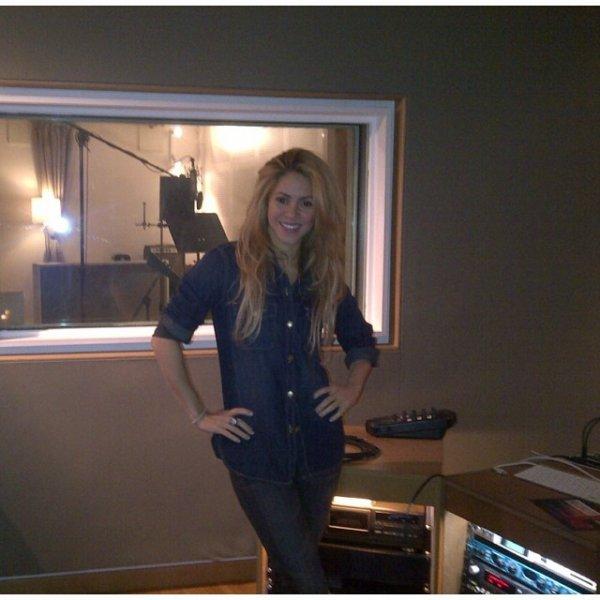 Shakira au Studio le 21 - 11
