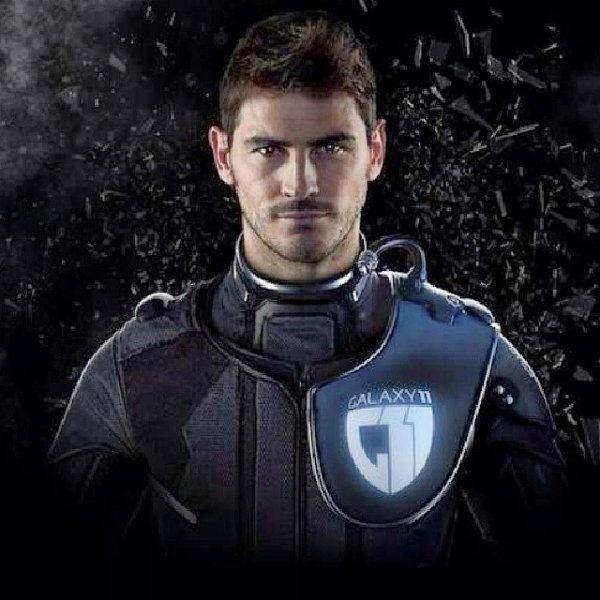 Iker Casillas rejoins la Galaxy 11