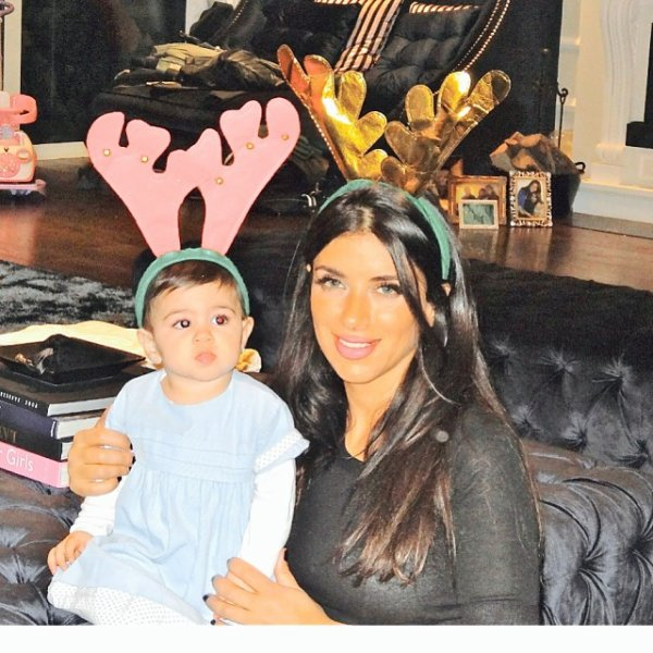 Daniella Semaan et sa filla Lia le 24 - 12