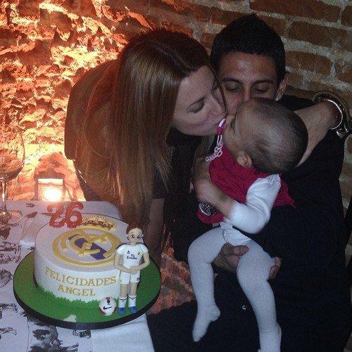 Angel Di Maria, Jorgelina Cardoso et leur fille Mia le 14 - 02