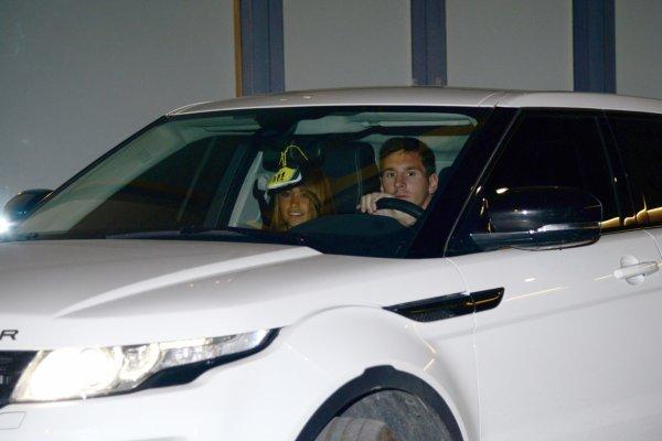 Antonella Roccuzzo, Leo et Thiago Messi a l'anniversaire de Lia Fabregas le 10 - 04