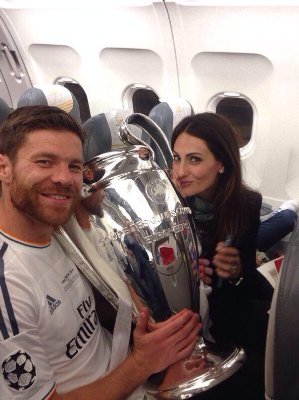 Nagore Aranburu, Jun et Xabi Alonso a CL le 54 - 05
