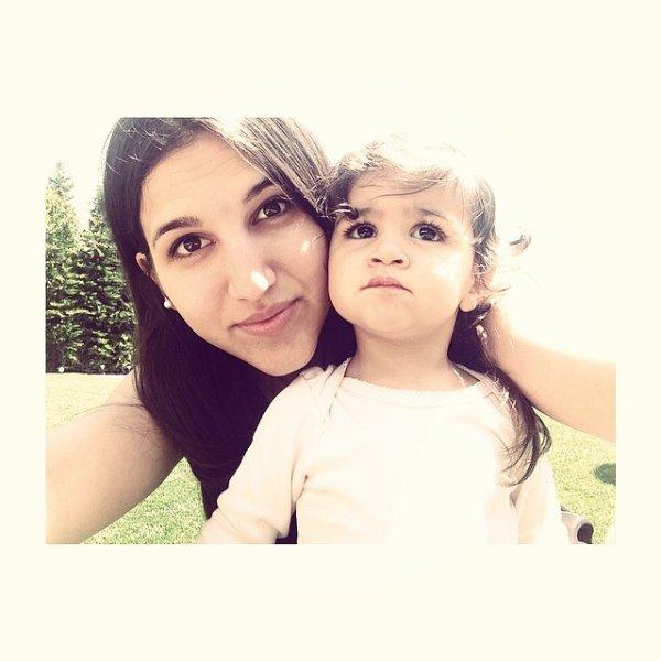 Carlota et Lia Fabregas le 03 - 06