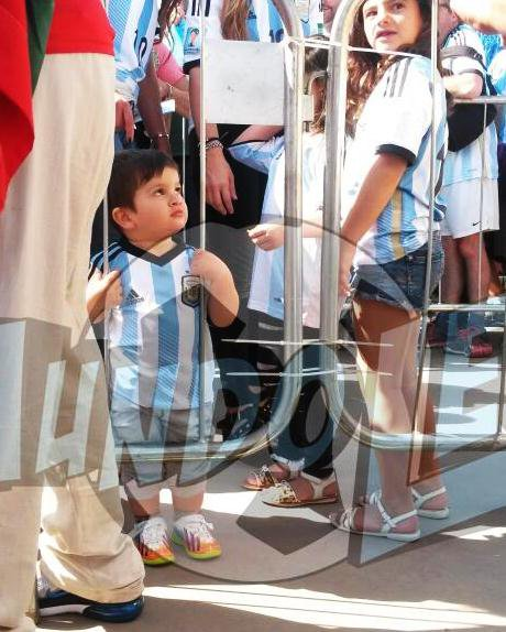 Antonella Roccuzzo, Leo Messi et Thiago Messi le 21 - 06